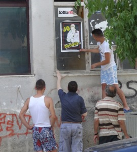 """They wanted to show me how they're working in the community. Hanging up a """"No Drugs"""" sign."""